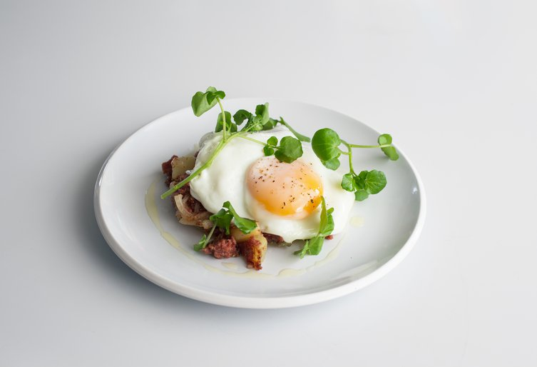 Corned beef, egg and watercress hash final dish (2)
